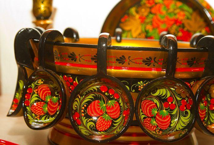 Русская роспись деревянной посуды
